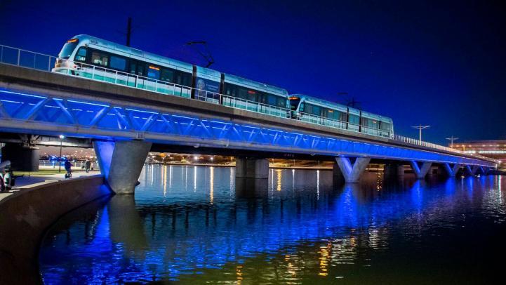 LRV, Train