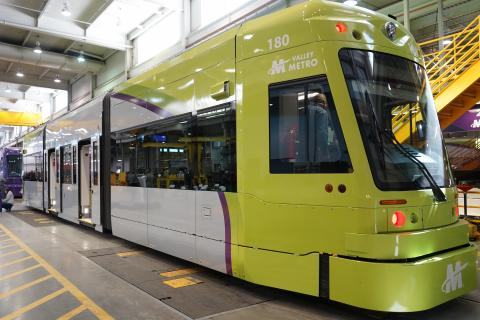 streetcar vehicle